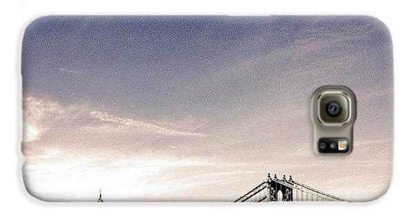 The Manhattan Bridge And New York City Skyline Galaxy S6 Case by Vivienne Gucwa