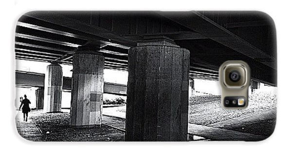 Light Galaxy S6 Case - Under The Bridge#bw# #walk #light by A Rey