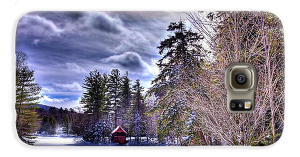 Galaxy S6 Case featuring the photograph The Beaver Brook Boathouse by David Patterson