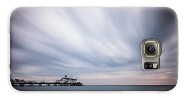 10 Minute Exposure Of Eastbourne Pier Galaxy S6 Case