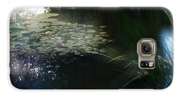 Galaxy S6 Case featuring the photograph At Claude Monet's Water Garden 3 by Dubi Roman