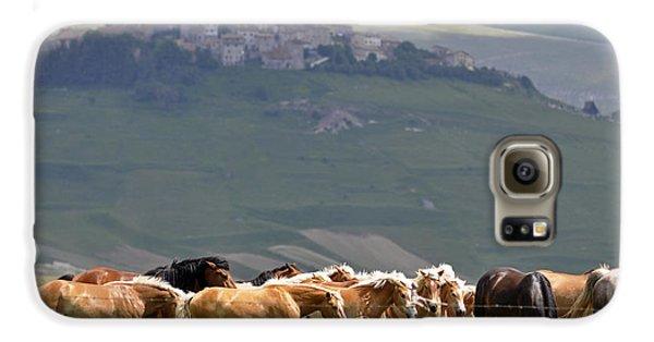 Castelluccio Di Norcia, Parko Nazionale Dei Monti Sibillini, Italy Galaxy S6 Case