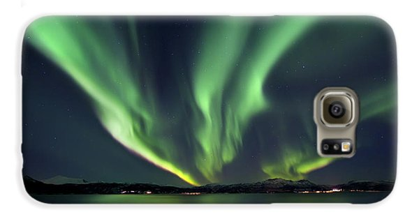 Space Galaxy S6 Case - Aurora Borealis Over Tjeldsundet by Arild Heitmann