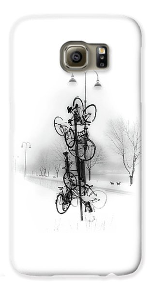 Bicycle Lamppost In Winter Galaxy S6 Case