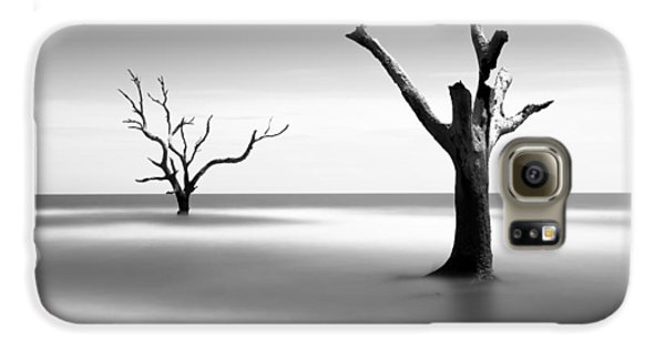 Bull Galaxy S6 Case - Boneyard Beach V by Ivo Kerssemakers
