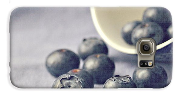 Galaxy S6 Case - Bowl Of Blueberries by Lyn Randle