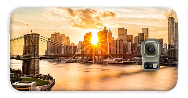 Skylines Galaxy S6 Case - Brooklyn Bridge And The Lower Manhattan Skyline At Sunset by Mihai Andritoiu