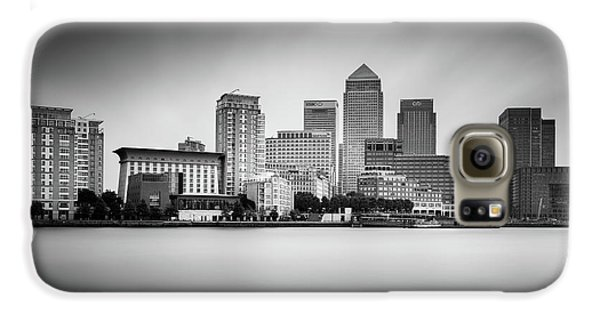 Canary Galaxy S6 Case - Canary Wharf, London by Ivo Kerssemakers