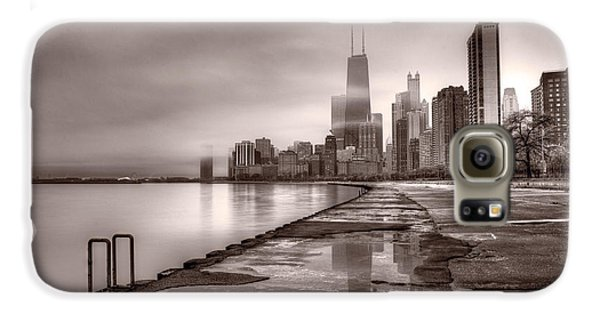 Chicago Foggy Lakefront Bw Galaxy S6 Case by Steve Gadomski