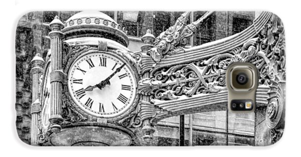 Galaxy S6 Case featuring the photograph Chicago Marshall Field State Street Clock Black And White by Christopher Arndt