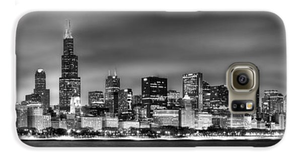 Cities Galaxy S6 Case - Chicago Skyline At Night Black And White by Jon Holiday