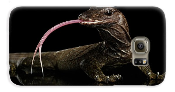 Close-up Varanus Rudicollis Isolated On Black Background Galaxy S6 Case by Sergey Taran