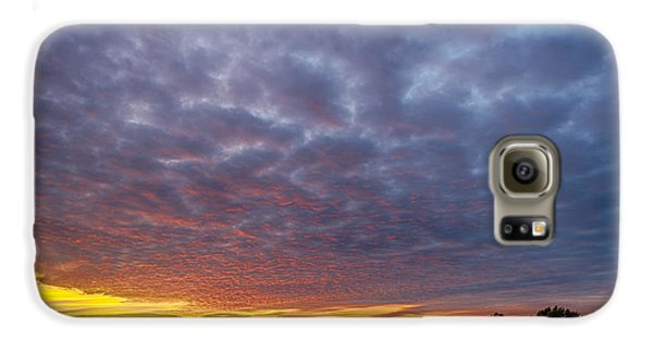 Galaxy S6 Case featuring the photograph Country Living by Sebastian Musial