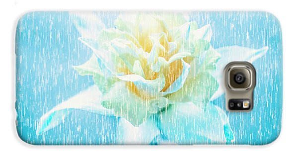 Daffodil Flower In Rain. Digital Art Galaxy S6 Case