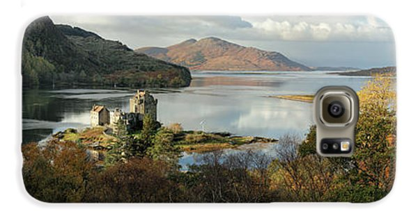 Eilean Donan Panorama - Autumn Galaxy S6 Case by Grant Glendinning