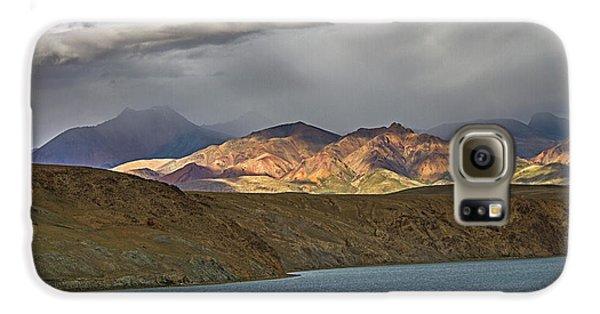 Galaxy S6 Case featuring the photograph Evening Light 1, Chiu, 2011 by Hitendra SINKAR