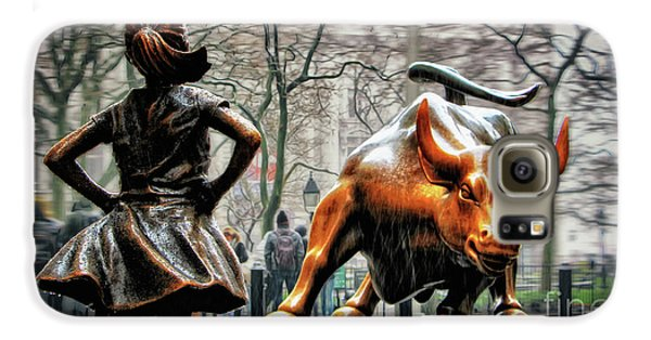 Bull Galaxy S6 Case - Fearless Girl And Wall Street Bull Statues by Nishanth Gopinathan