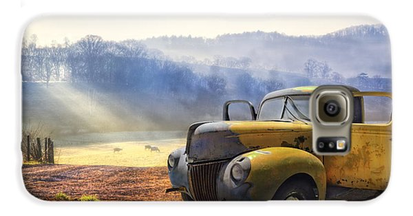 Automobile Galaxy S6 Case - Ford In The Fog by Debra and Dave Vanderlaan