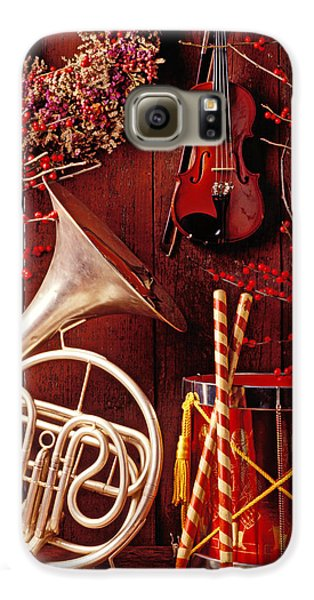 Drum Galaxy S6 Case - French Horn Christmas Still Life by Garry Gay
