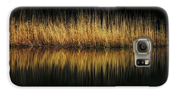 Glow And Reflections At Lakes Edge Galaxy S6 Case