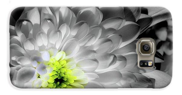 Glowing Heart Galaxy S6 Case
