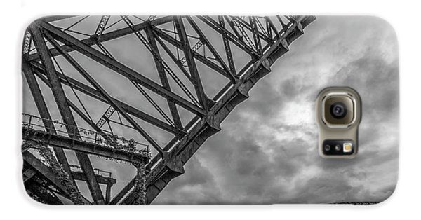 Jackknife Bridge To The Clouds B And W Galaxy S6 Case