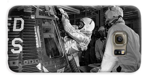 John Glenn Entering Friendship 7 Spacecraft Galaxy S6 Case by War Is Hell Store