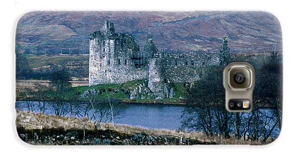Kilchurn Castle, Scotland Galaxy S6 Case