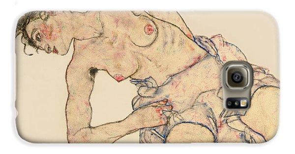 Nudes Galaxy S6 Case - Kneider Weiblicher Halbakt by Egon Schiele