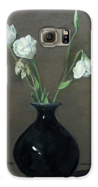 Lisianthus In Black Chinese Vase Galaxy S6 Case