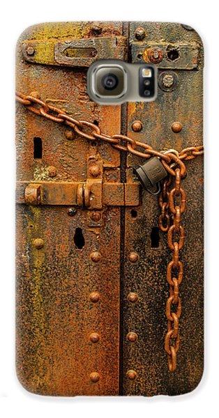Long Locked Iron Door Galaxy S6 Case