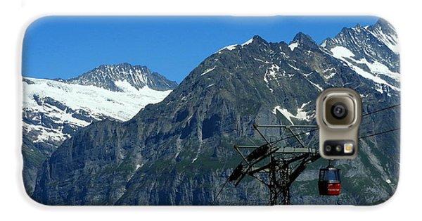Maennlichen Gondola Calbleway, In The Background Mettenberg And Schreckhorn Galaxy S6 Case