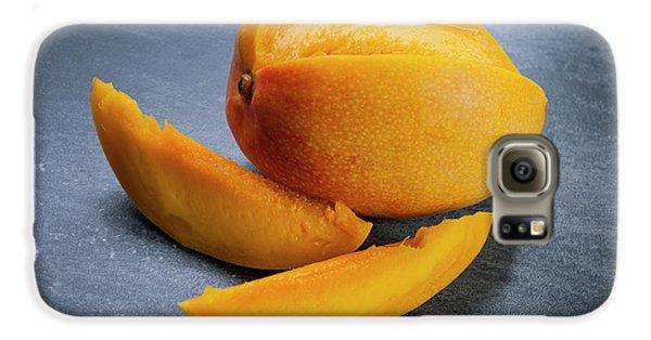 Mango And Slices Galaxy S6 Case by Elena Elisseeva