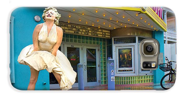 Marilyn Monroe In Front Of Tropic Theatre In Key West Galaxy S6 Case by David Smith