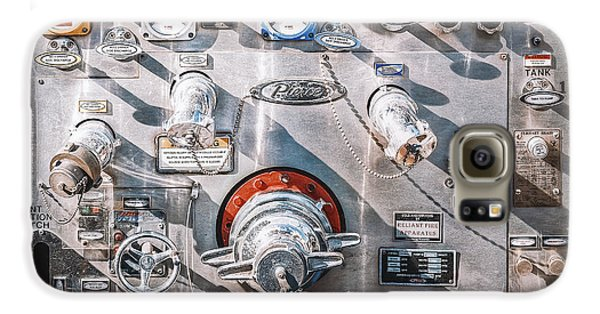 Truck Galaxy S6 Case - Milwaukee Fire Department Engine 27 by Scott Norris