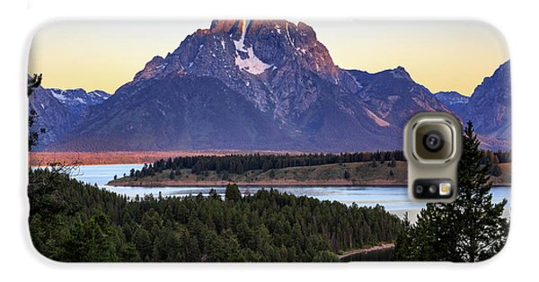 Galaxy S6 Case featuring the photograph Morning At Mt. Moran by David Chandler