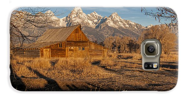Galaxy S6 Case featuring the photograph Moulton Barn by Gary Lengyel