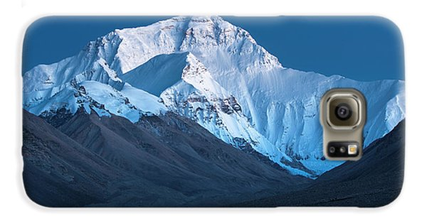 Mount Everest At Blue Hour, Rongbuk, 2007 Galaxy S6 Case