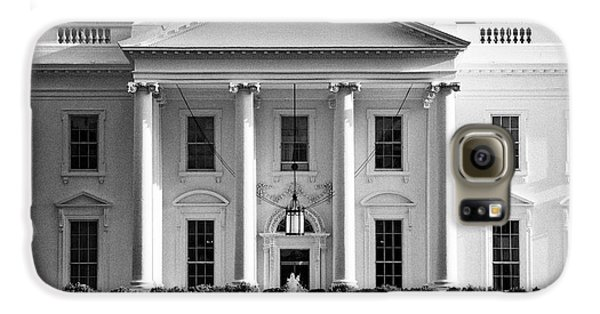 north facade from pennsylvania avenue the white house Washington DC USA Galaxy S6 Case by Joe Fox