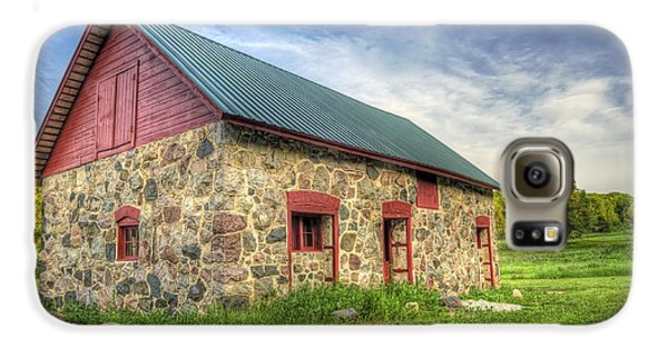 Landscapes Galaxy S6 Case - Old Barn At Dusk by Scott Norris