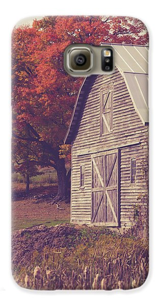 Old Barn In Vermont Galaxy S6 Case by Edward Fielding
