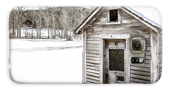 Old Chicken Coop In Winter Galaxy S6 Case by Edward Fielding