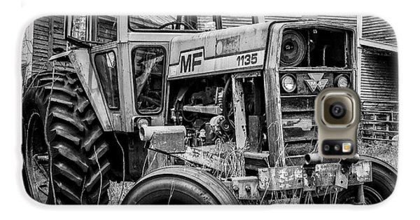 Classic Galaxy S6 Case - Old Vintage Tractor On A Farm In New Hampshire Square by Edward Fielding