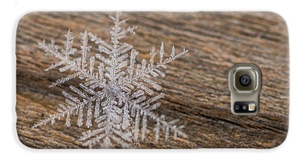 Galaxy S6 Case featuring the photograph One Snowflake by Ana V Ramirez