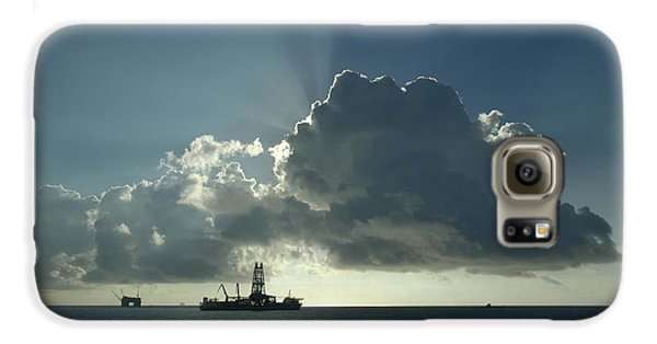 Outer Continental Shelf Oilfield  Galaxy S6 Case