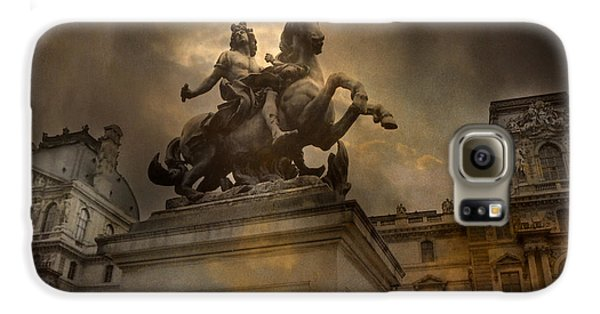 Paris - Louvre Palace - Kings Of Paris - King Louis Xiv Monument Sculpture Statue Galaxy S6 Case by Kathy Fornal
