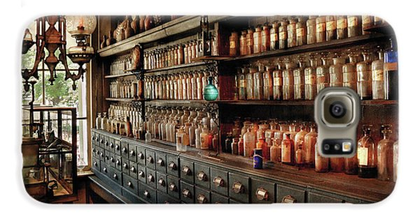 Pharmacy - So Many Drawers And Bottles Galaxy S6 Case