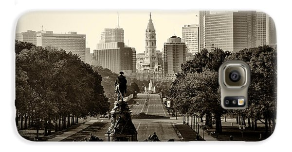 Philadelphia Benjamin Franklin Parkway In Sepia Galaxy S6 Case by Bill Cannon