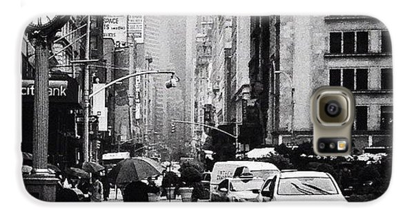 City Galaxy S6 Case - Rain - New York City by Vivienne Gucwa