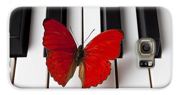 Red Butterfly On Piano Keys Galaxy S6 Case